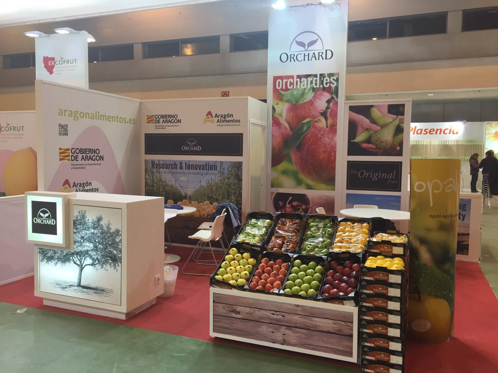 Orchard stand at Fruit Attraction fair | Orchard | La Fruta original